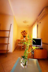 apartamento-202-clase-estandar-imagen-03-apartamentos-centro-granada